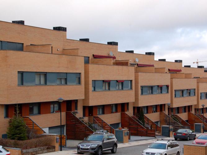 Viviendas unifamiliares vb5 en mutilva ecay construcciones - Proyectos casas unifamiliares ...