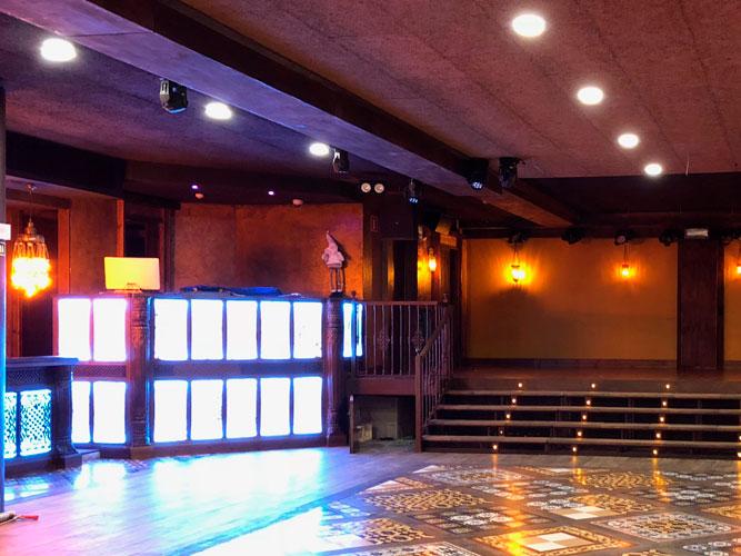 sala de baile indara ecay construcciones
